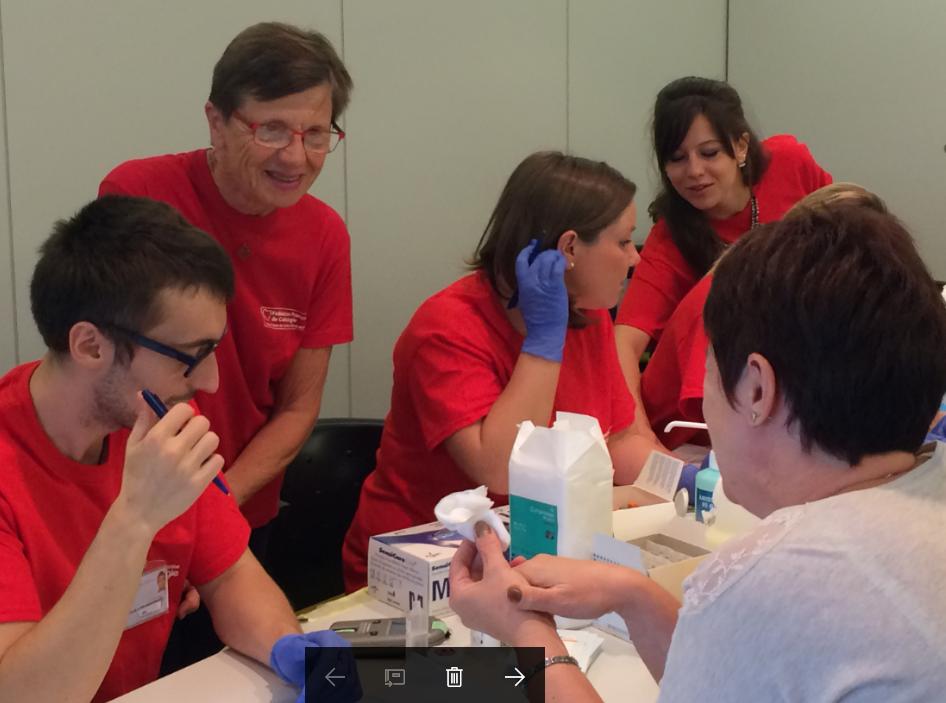 """<p>La Semaine du Cœur est une opération de prévention d'envergure nationale, organisée par les Associations régionales de cardiologie et les Clubs Cœur et Santé. Elle a pour objectif d'apprendre à se protéger contre les facteurs de risque cardio-vasculaires.</p> <p>Dans toute la France le grand public est invité à participer à de nombreux rendez-vous : dépistage, initiation aux gestes qui sauvent, conférences, rencontres avec des chercheurs.</p> <p>Parmi les grandes thématiques de ces rendez-vous, figurent les méfaits de la sédentarité, l'importance d'une alimentation saine, le sevrage tabagique, la gestion de l'urgence cardiaque et les spécificités des maladies cardio-vasculaires chez les femmes.</p> <p><a class=""""button"""" href=""""https://www.fedecardio.org/La-Federation-Francaise-de-Cardiologie/Actualites/semaine-du-coeur-2018"""" target=""""_blank"""" rel=""""noopener"""">Toutes les infos sur la Semaine du Cœur 2018 ici</a></p>"""